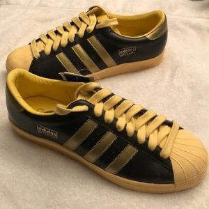 Adidas Olive, Gold, & Black Superstar Vintage Shoe